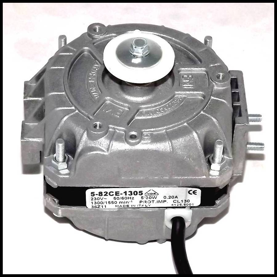 Moteur de ventilateur EMI 5 82CE 1305 5 30 5 W